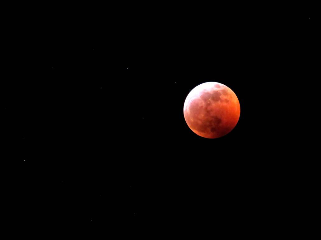 The Super Blood Wolf Moon by JordanoDaMano