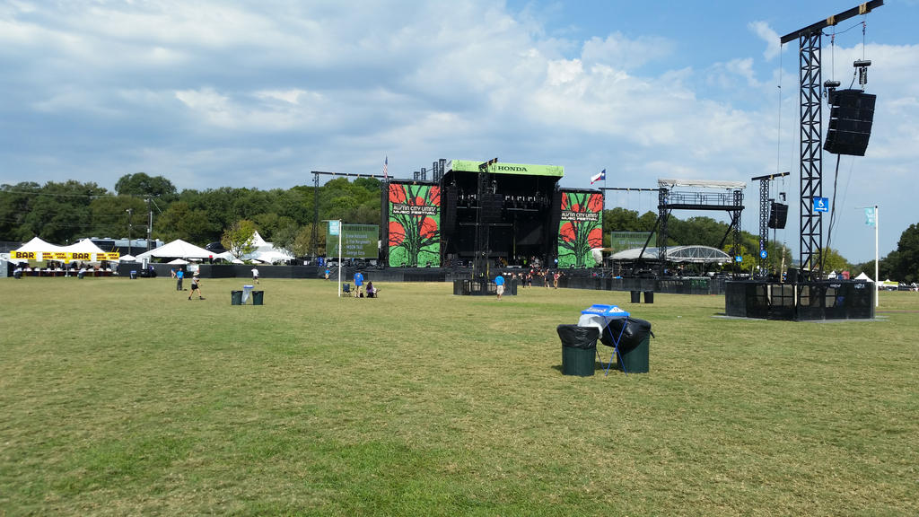 stage at acl by VioletTutu