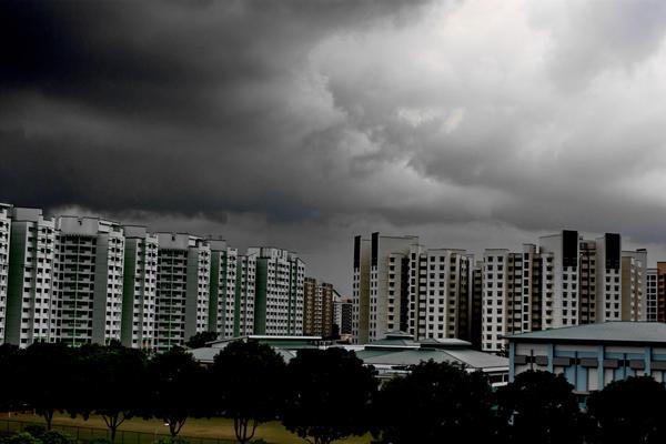 Dark Cloud over HDB by Nandaka