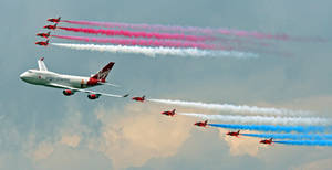 Red Arrows and Virgin 747