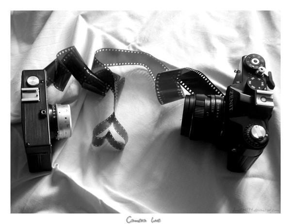 Camera love by Amelie1994 - bir foto�raf �ekilebilirmiyiz?