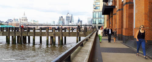 On the banks of the Thames