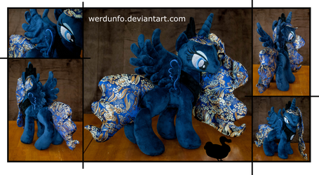 Brocade Plushie Sisters: Luna (For Sale)