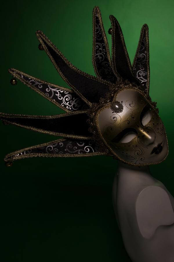 Masked identity by pinkygirls