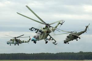 Mi-24 Hind II by Dark-Raptor