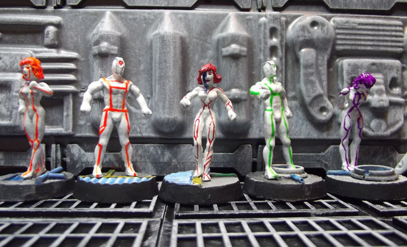 yet_more_non_heroic_dollies_as_androids_