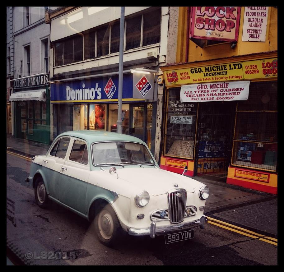 Old Wolseley by Stumm47