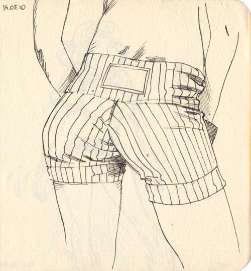 http://fc07.deviantart.net/fs71/f/2011/187/9/6/sketchbookrouge01_by_joslin-d3l7thr.jpg