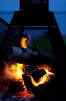 Camp Fire by Verokomo