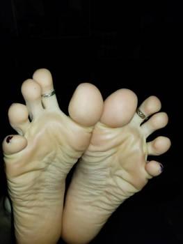 Ticklish soles!