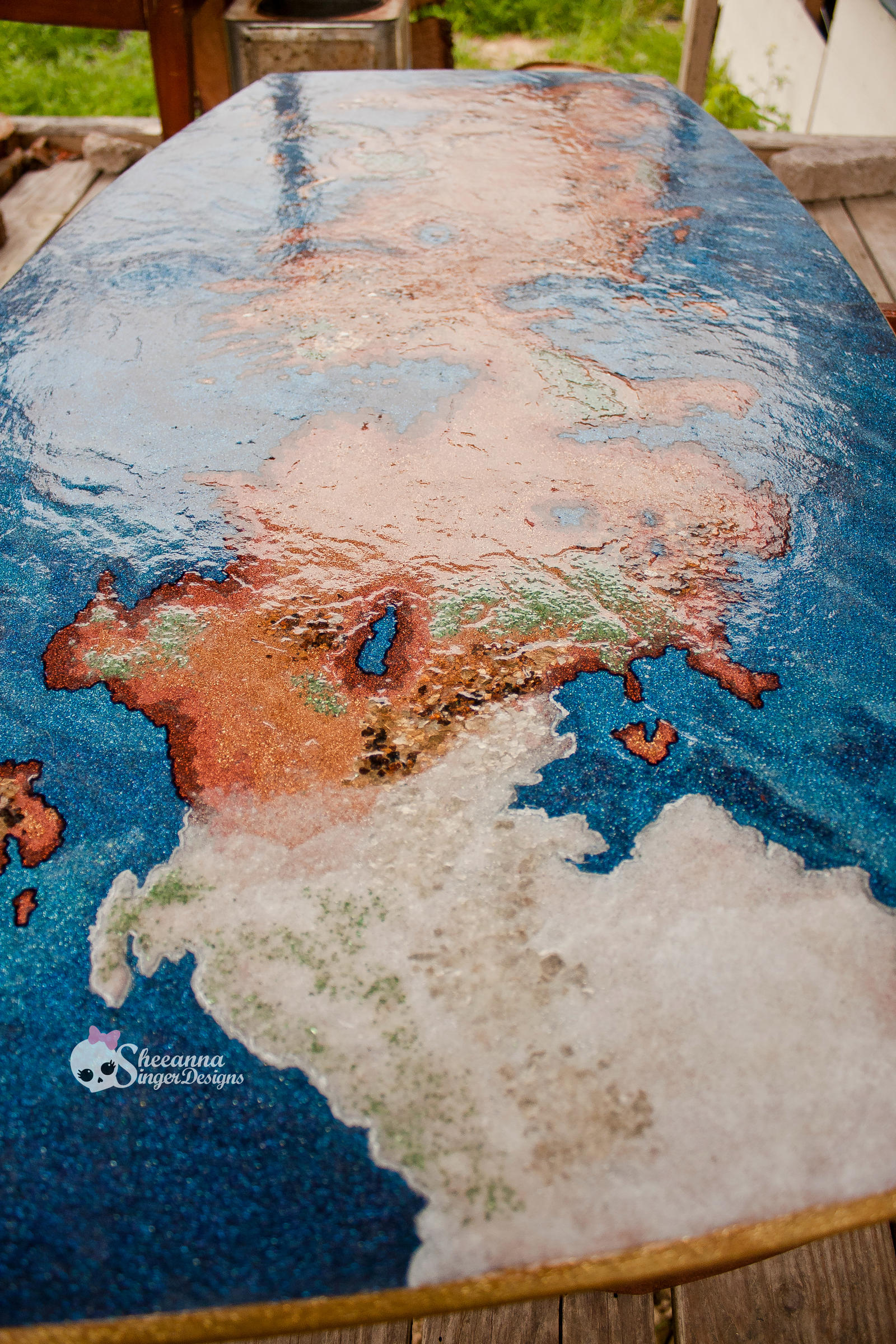 Game of Thrones Westoros Map Glitter Coffee Table by