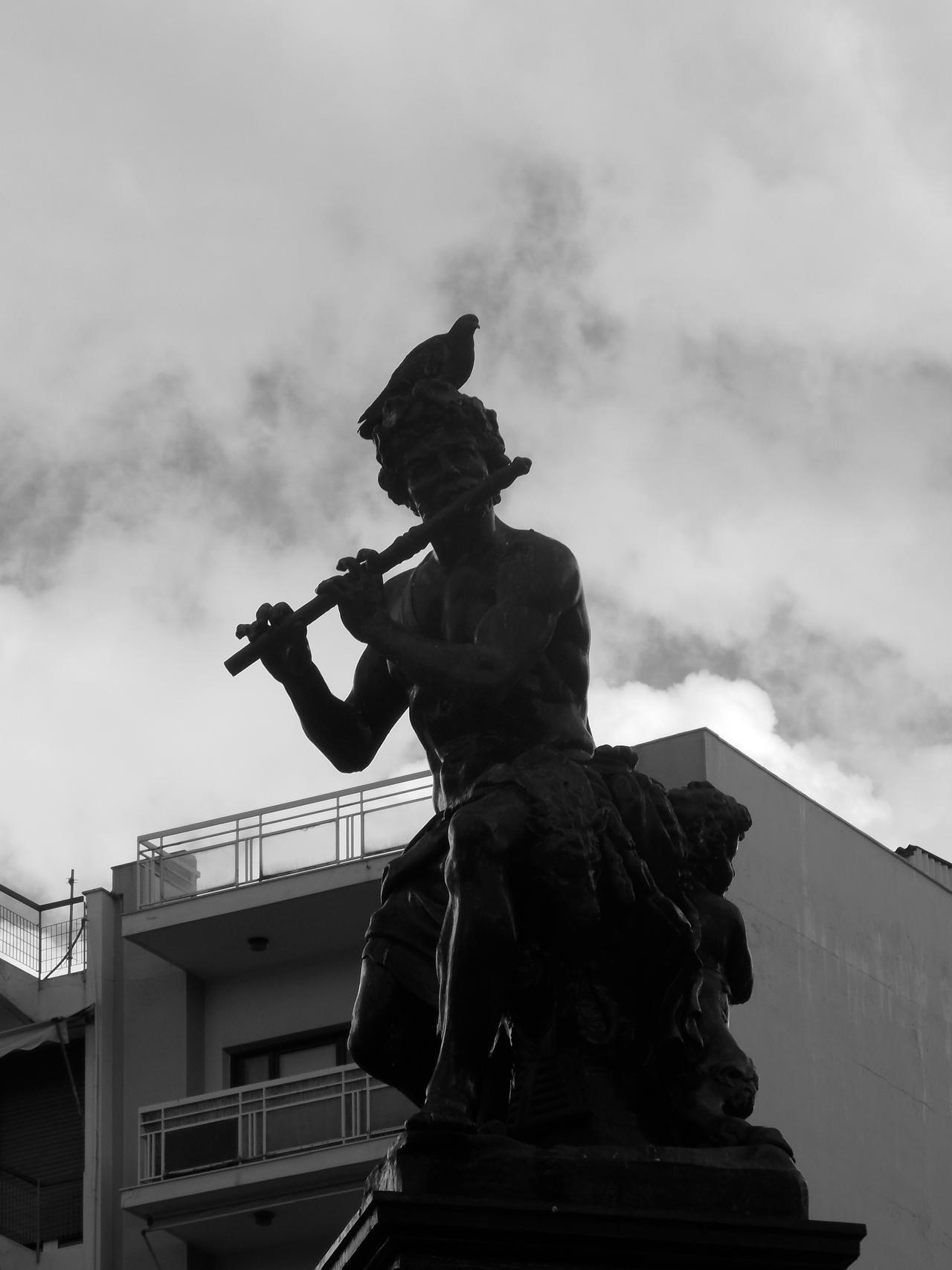 Statue by MrDoomy