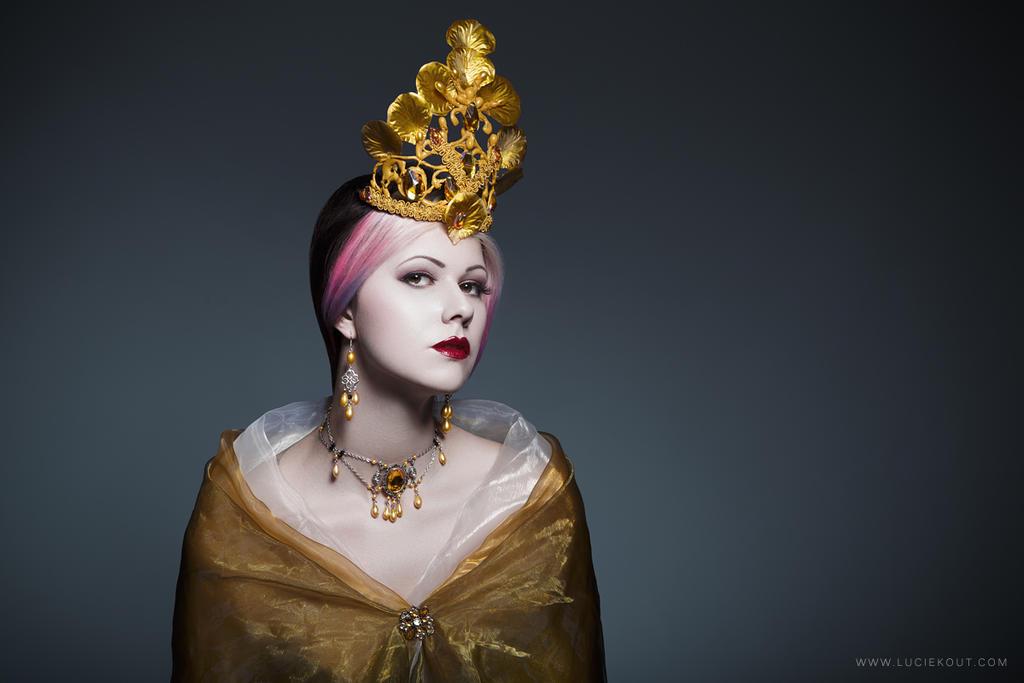 Empress by luciekout