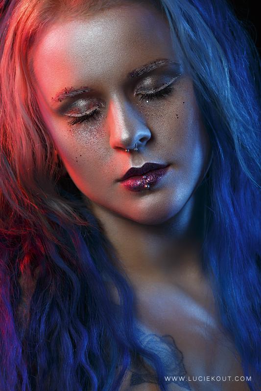 Glitter Dust by luciekout