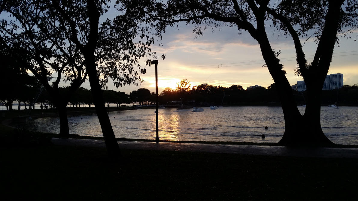 Sunset in the East Coast. Park by toonboyii