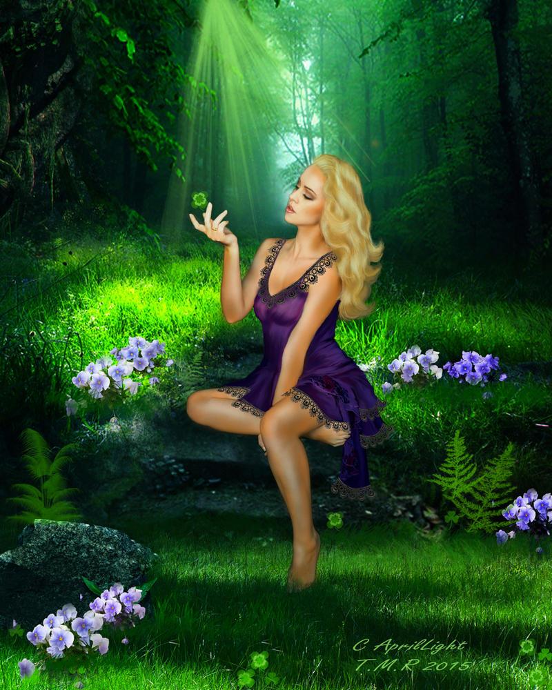 Parfume of Violet by AprilLight