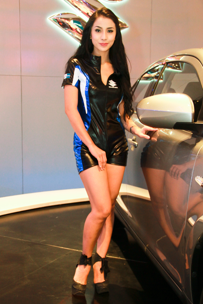 philippine international motor show  models  by eklektik am dfbyk