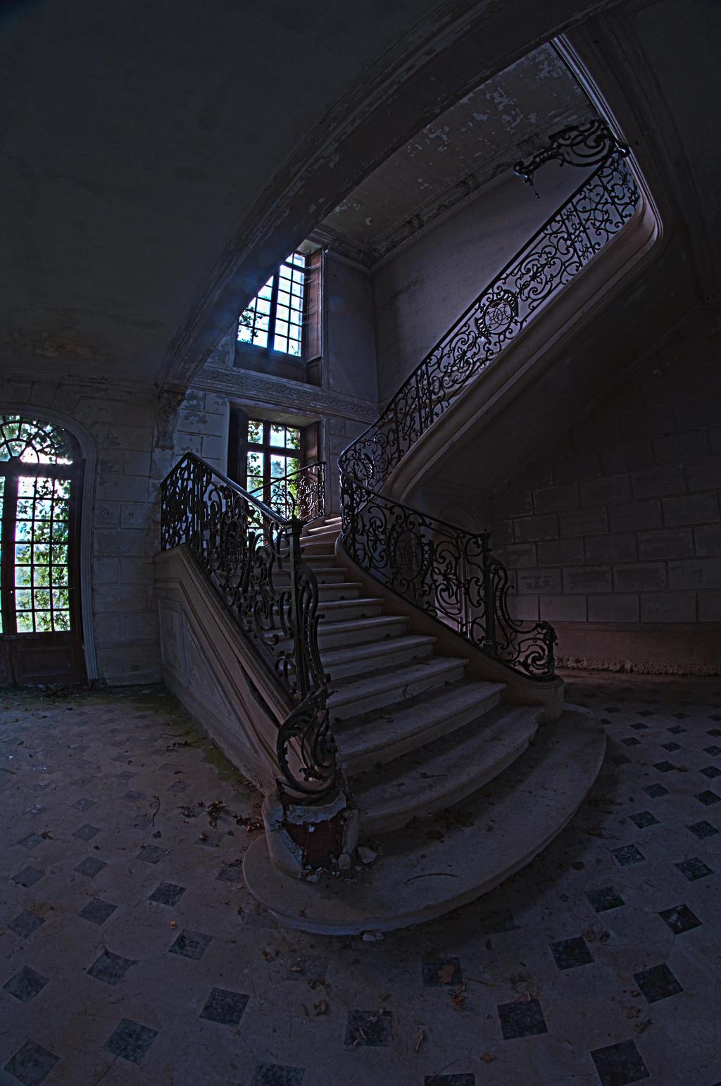Chateau de Singes by kKimago