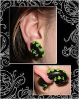 Tentacles in mah EARS by Lunnie