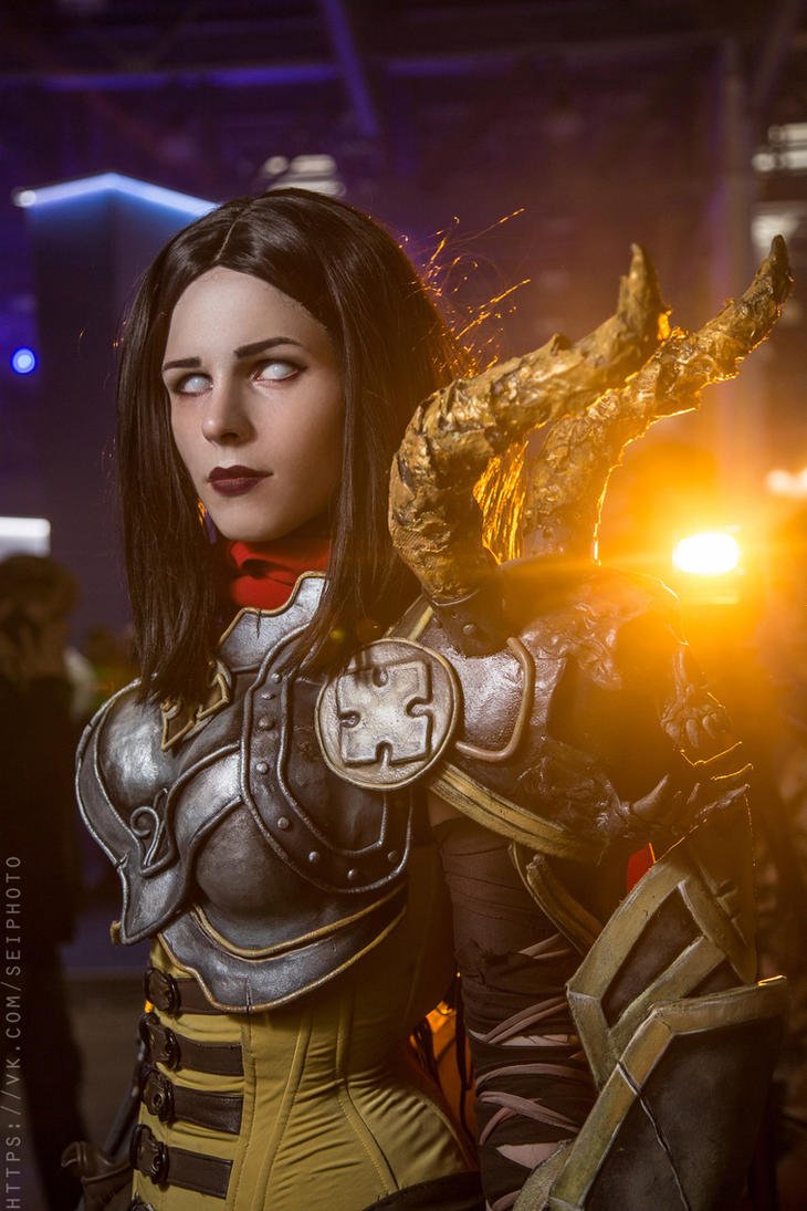 Diablo 3 Demon Hunter cosplay by me by Vasya-chan