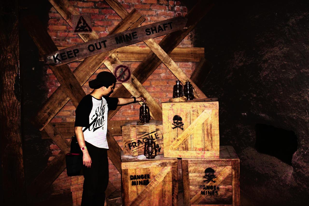 mine shaft wallpaper - photo #41