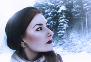 Snow by GwendolinWidmann