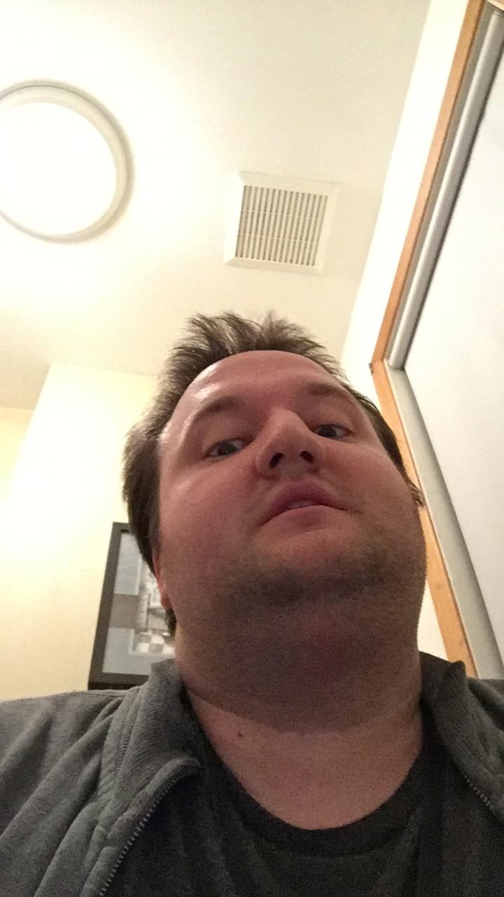 Selfies kik Kik Spy