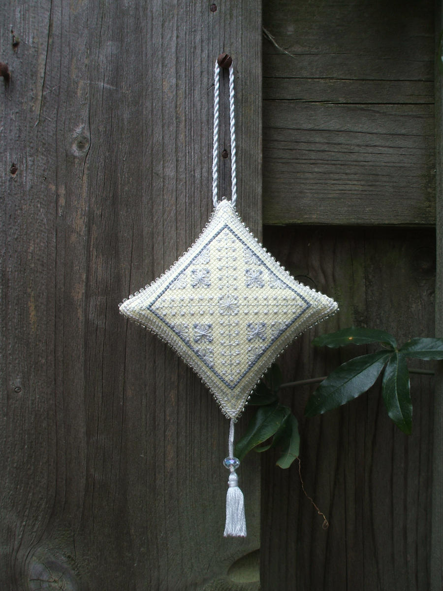 Ornament of the Month - April,  Ornament finish by Magical525