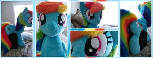 Life-Size Rainbow Dash by Joltage