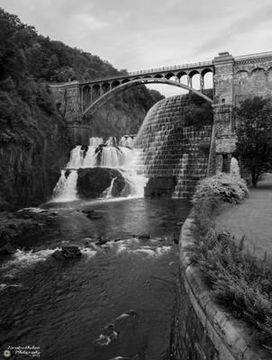 New Croton Dam BW by ForsakenOutlaw