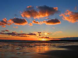 Oceanic sunset by cinnamon33