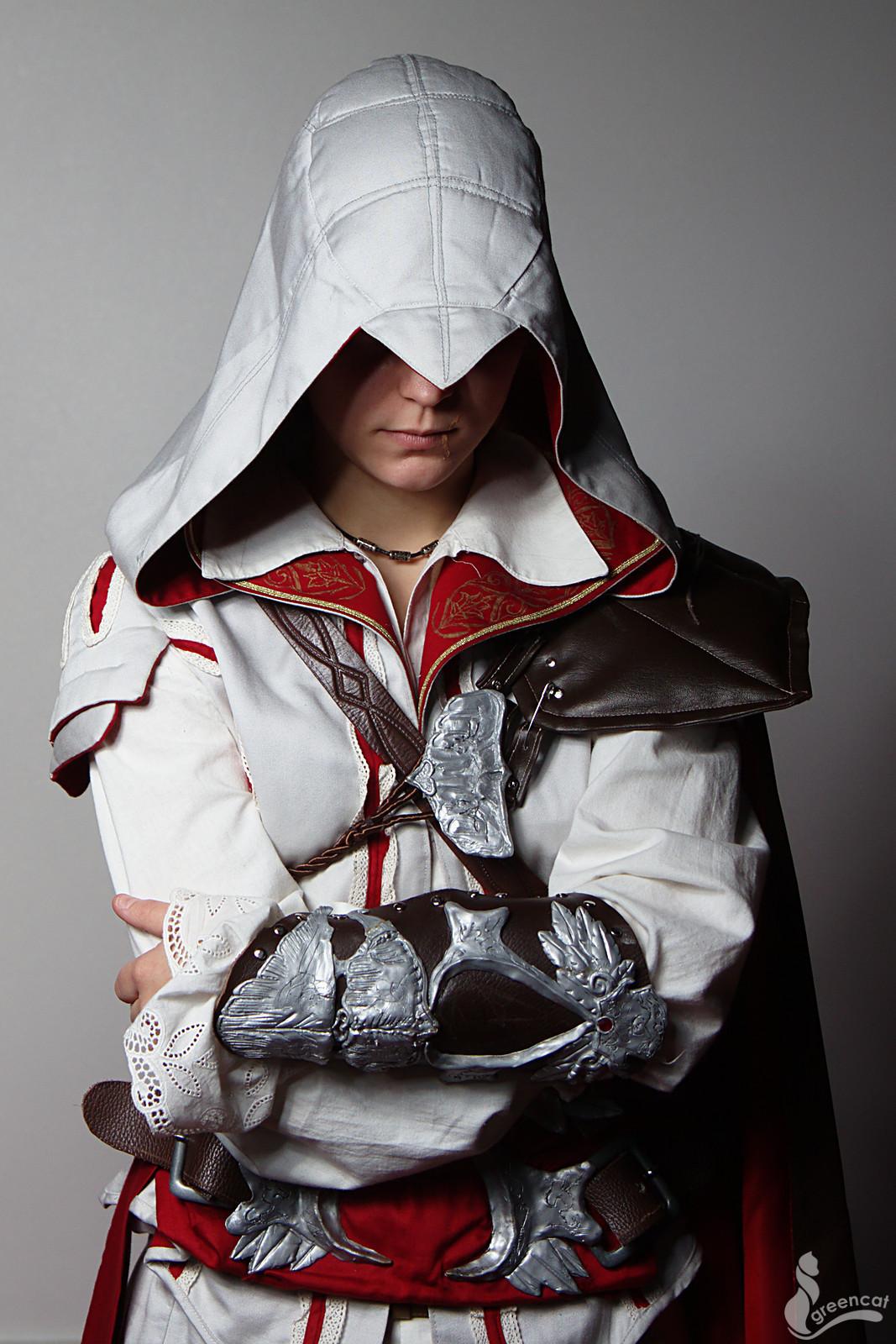 Ezio II by greengreencat