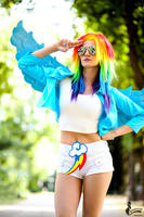 Rainbow Dash ~ My Little Pony by greengreencat