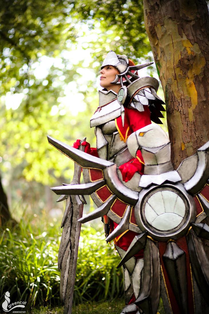 Leona (Iron Solari Skin) - League of Legends by greengreencat