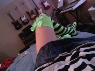 Leggings by stevenpinhead