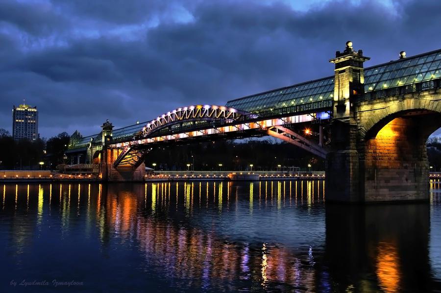 walking Andreevsky bridge 2 by Lyutik966