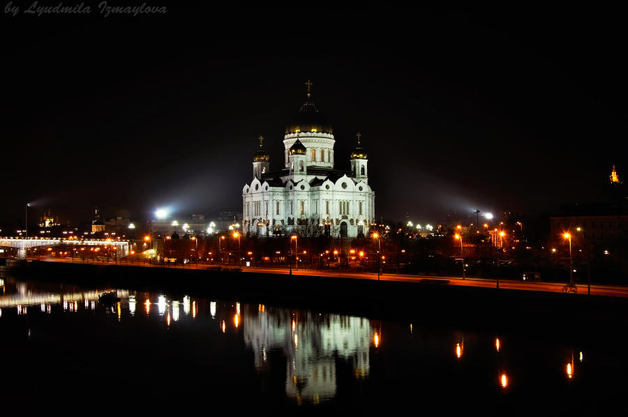 Night Cathedral of Christ Savior by Lyutik966