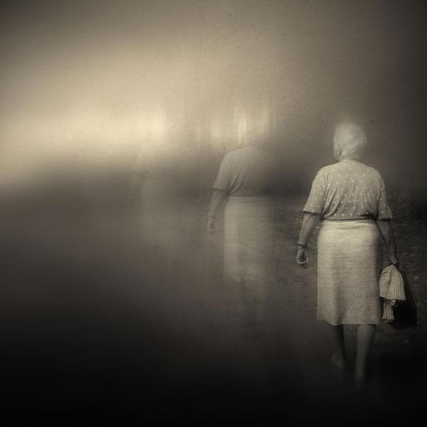 fade away.. by slatkatajna