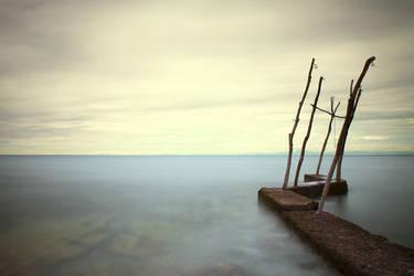 The Lonely Sea by slatkatajna