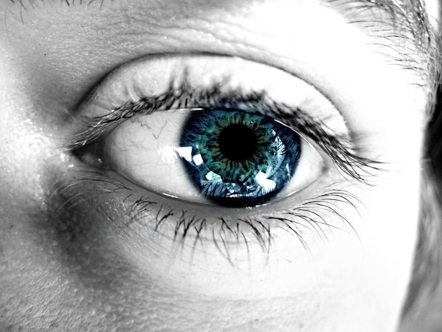 Ocean Eyes by XxLonerEyesxX