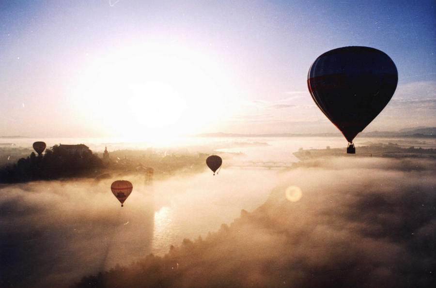 Sunrise in Ptuj by snupi2001