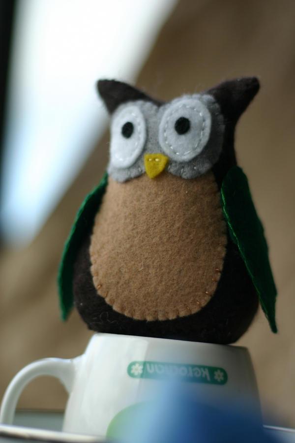 Owl in Felt by noasign