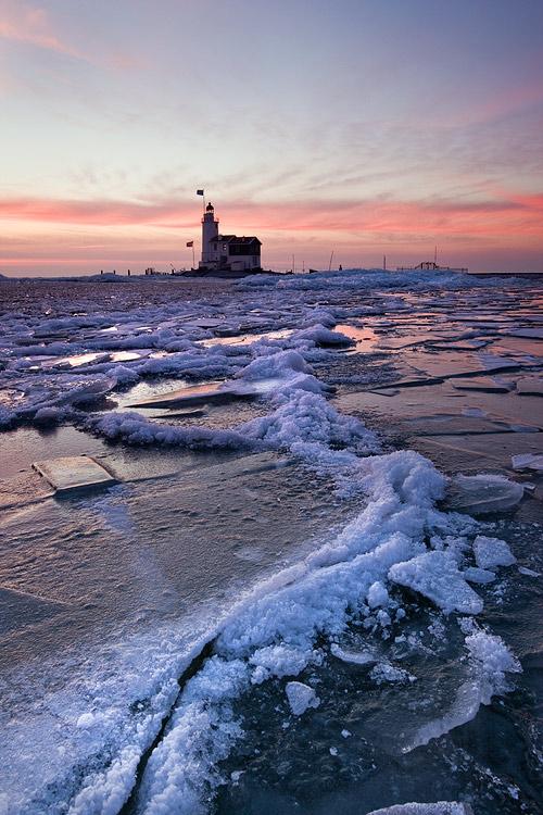 Frozen by adamsalwanowicz