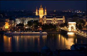 Budapest downtown by bandesz99