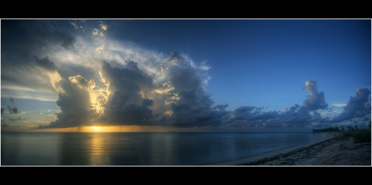 Tropical sunset panorama by bandesz99