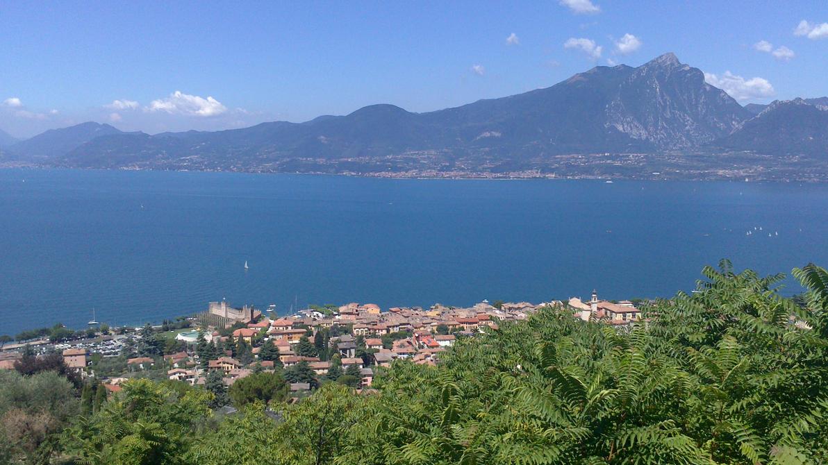 Torri del Benaco Overview by jost1