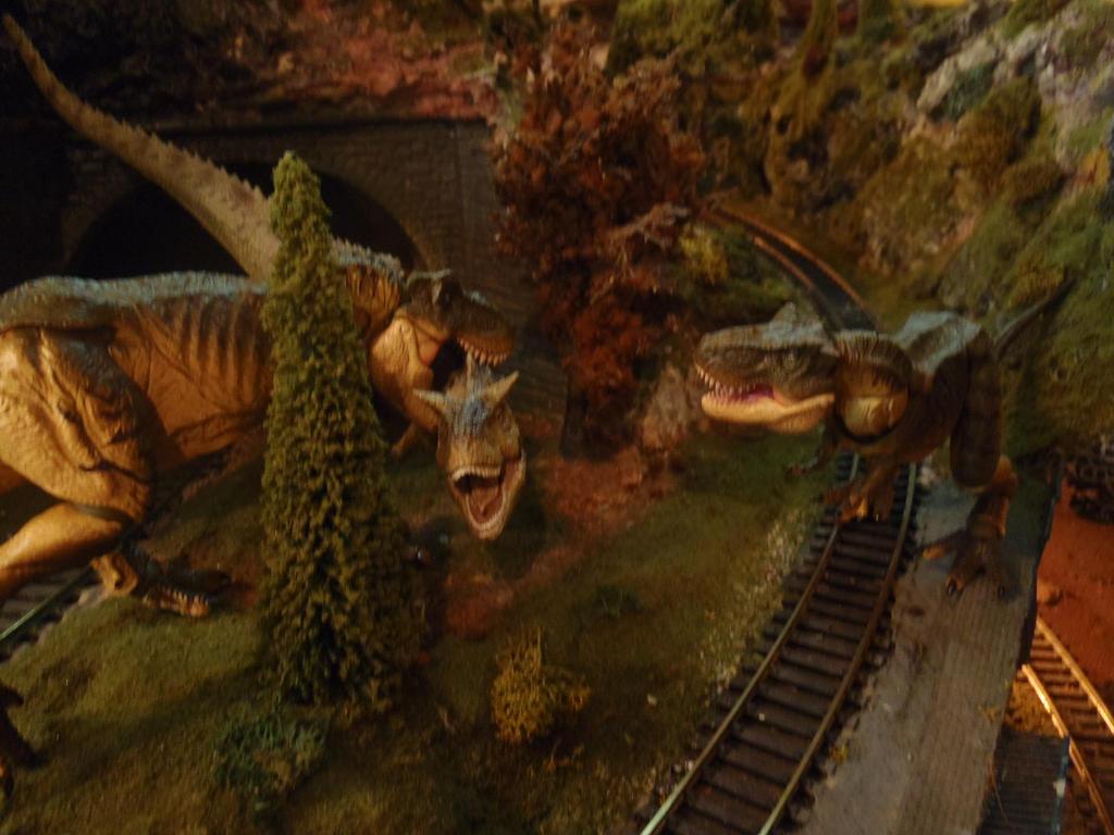 pachyrhinosaurus vs carnotaurus - photo #23