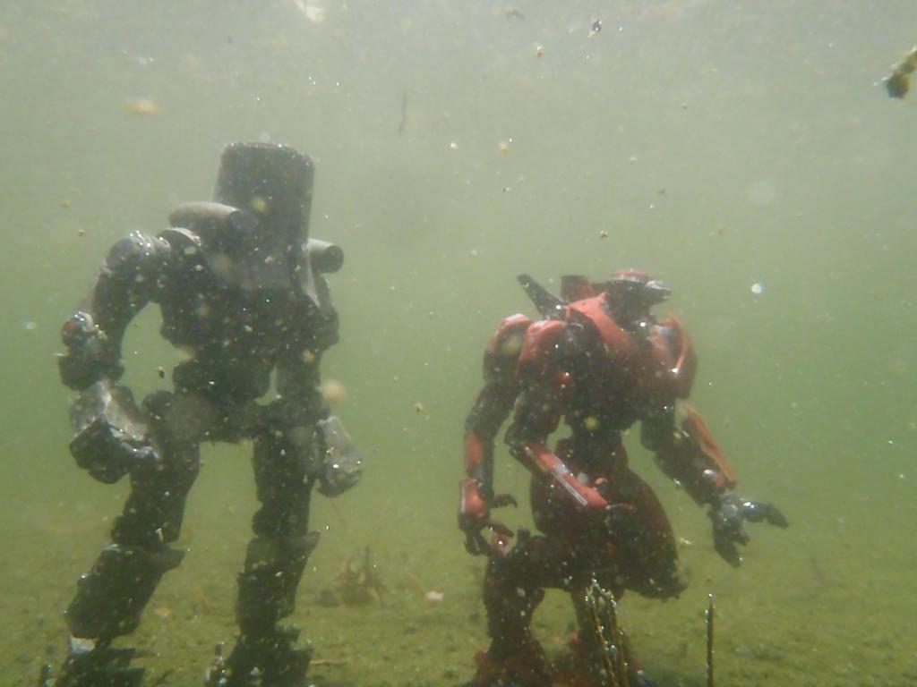 Cherno Alpha and Crimson Typhoon underwater II by Krulos ... Pacific Rim Cherno Alpha Destroyed