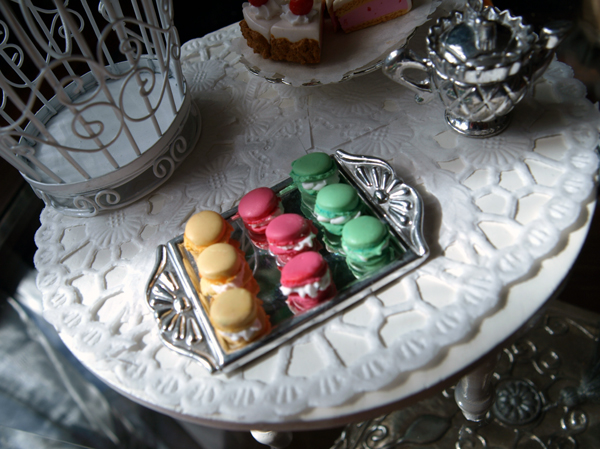 Miniature Macaroons by ChocolateDecadence