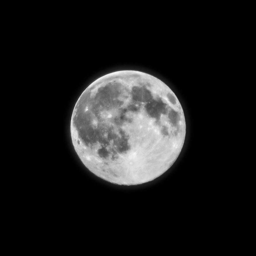 A Full Moon by ShamanQueen1994